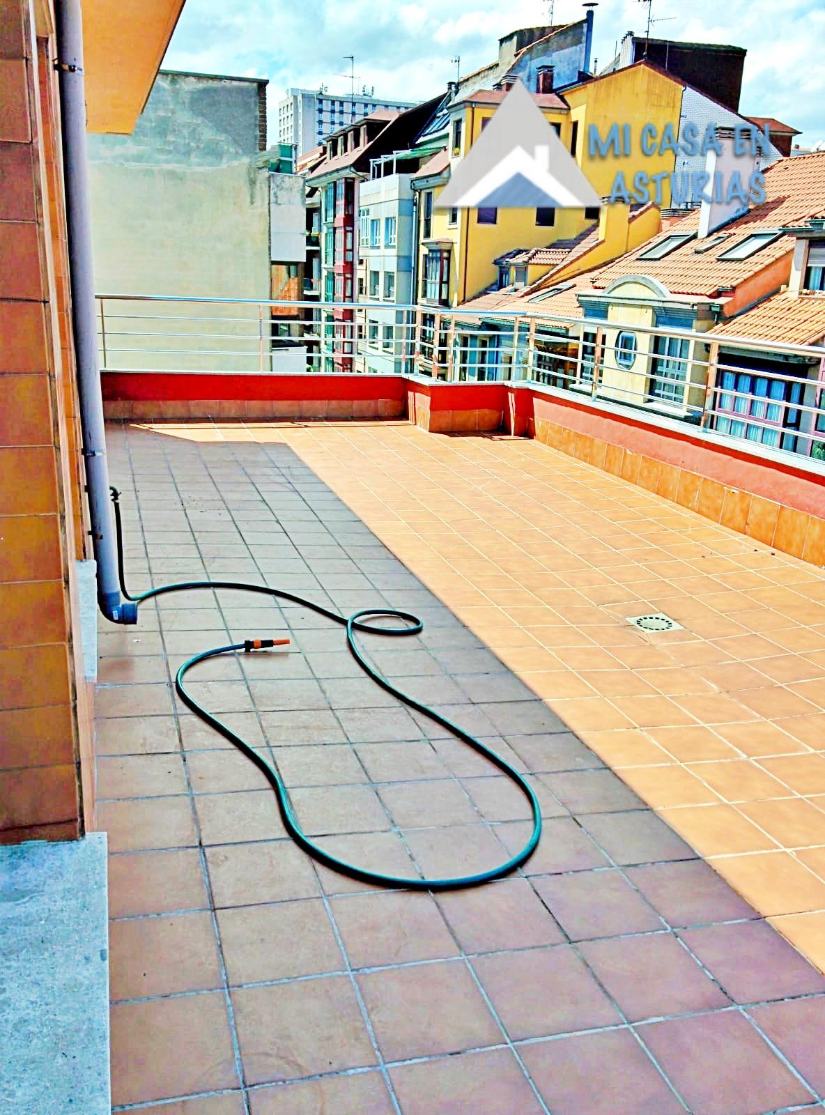 Ático Espectacular en Venta. Zona Centro. Oviedo.