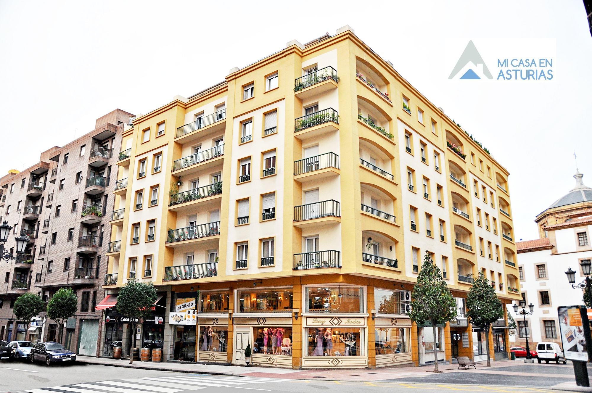 Alquiler de local a pie de calle en Pedro Antonio Menéndez, Oviedo.