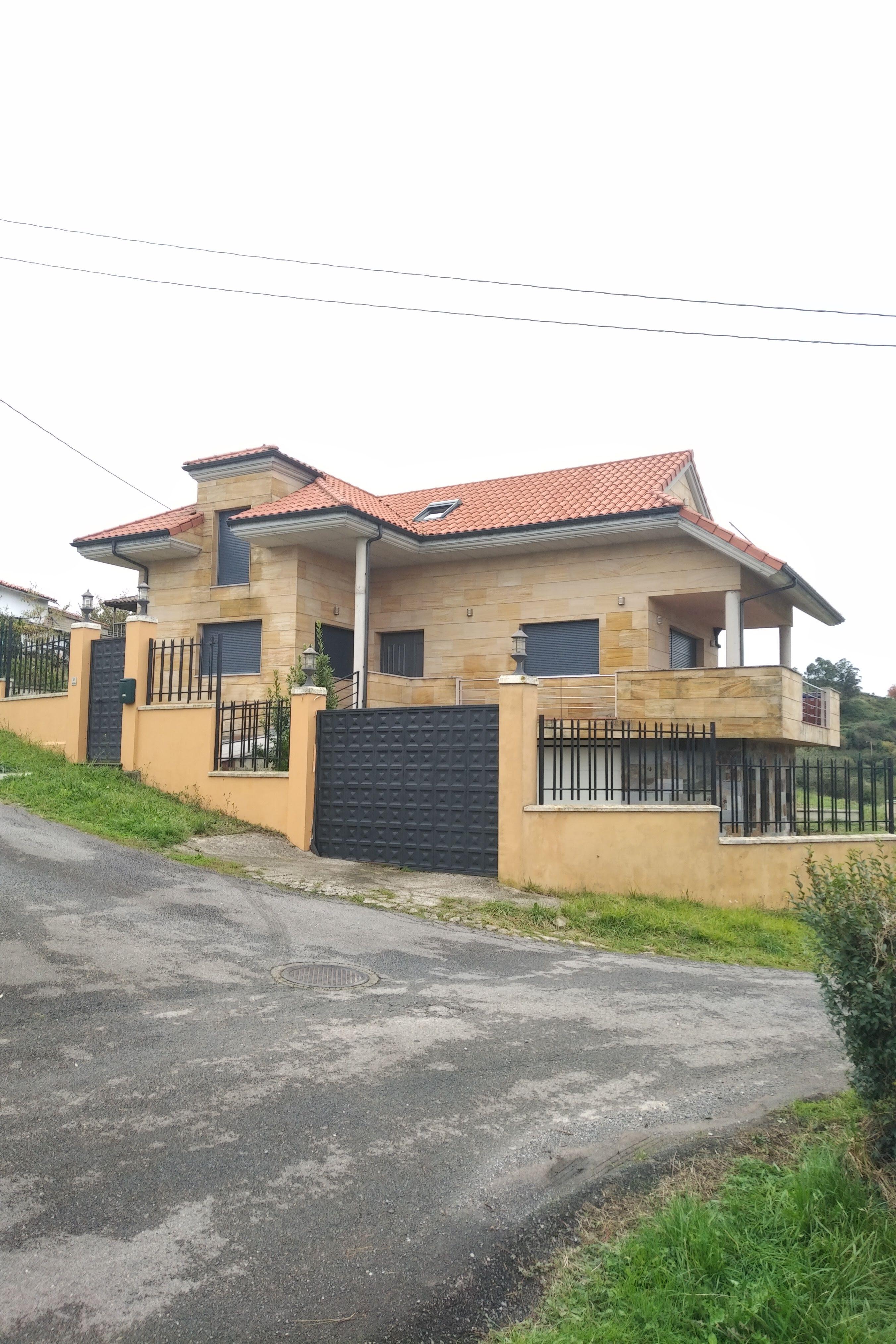Alquiler de casa en el pueblo de Llovera, Asturias.