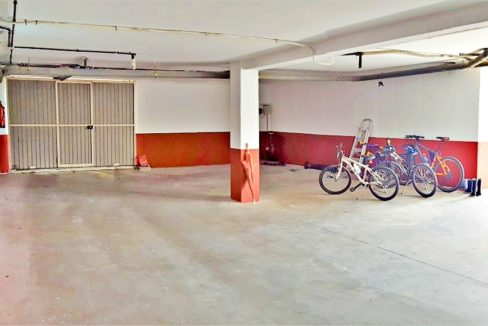 Garaje (Medium)