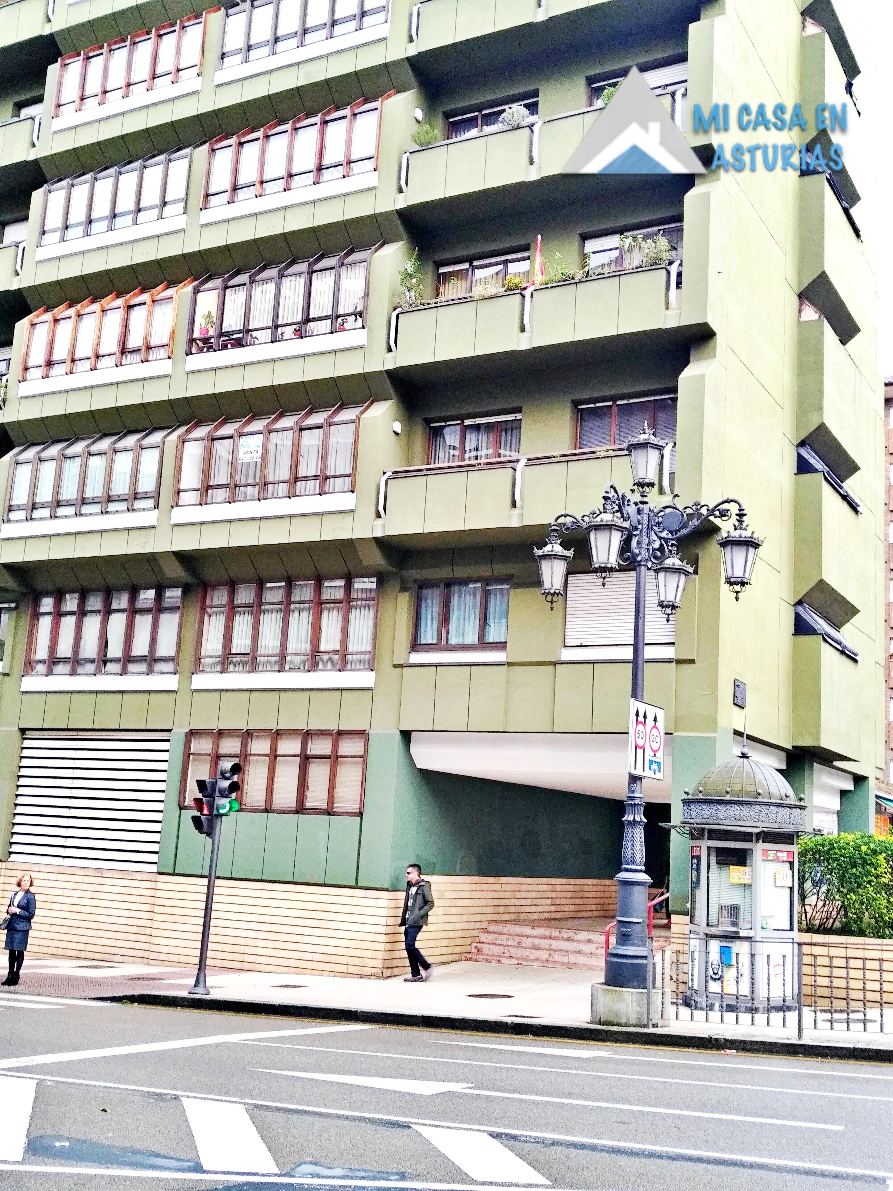 Venta de piso de enormes dimensiones en la Zona Centro. Oviedo. Asturias.