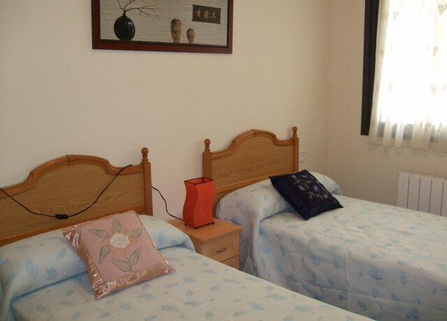 Dormitorio 1 Gozon 25