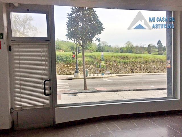 Venta de Bajo Comercial En La Zona De La Tenderina, Oviedo.