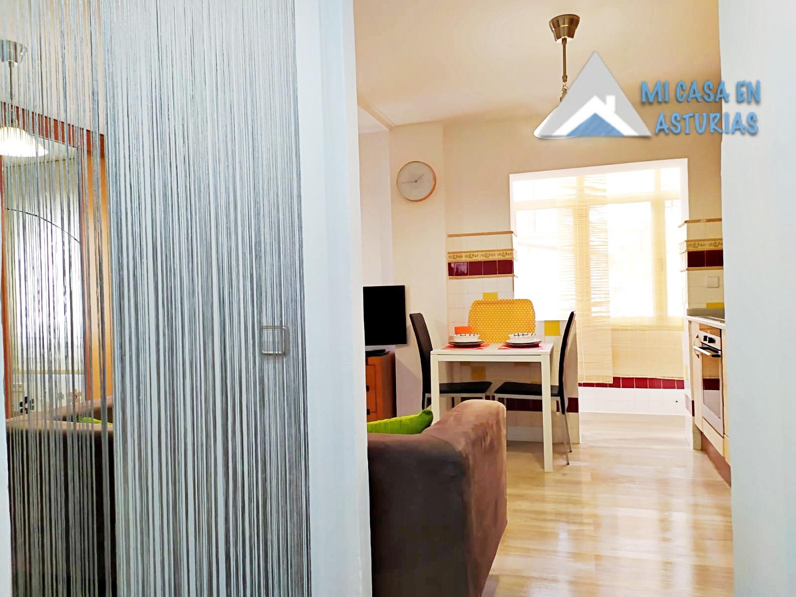 Alquiler de precioso Estudio amueblado, ubicado en la Zona de Teatinos, Oviedo.