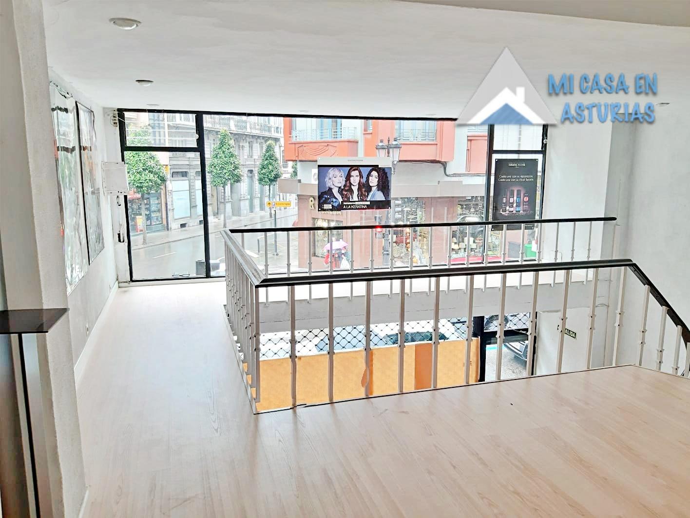 Alquiler de bonito Local Comercial ubicada en Zona Centro, en Oviedo.